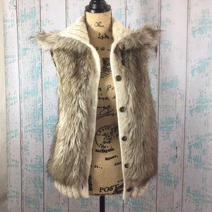 Nine West Vintage American Jeans faux fur vest